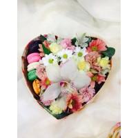 Flowerbox со сладостями Цветы в коробке
