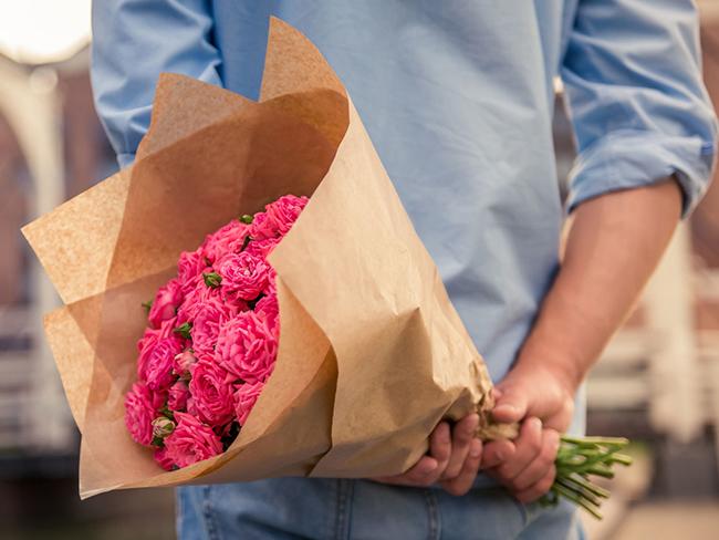 Какие выбрать цветы в подарок 90