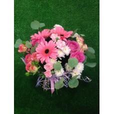 Нежный букет с герберой, хризантемой и розами