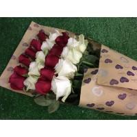 Нерядовой букет роз