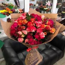 Купить микс из 15 премиум кустовых роз