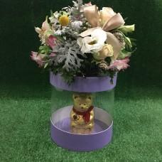 Необычный подарок с цветами и шоколадом