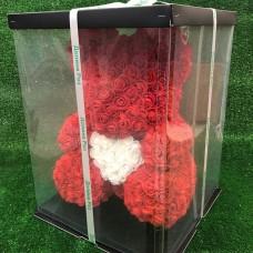 Большой красный мишка из роз