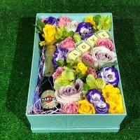 Романтический набор с шоколадом и шампанским