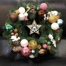 Праздничный новогодний декор для дома