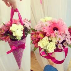 Конус с цветами