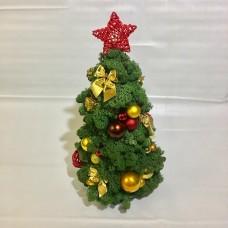 Новогодняя елка из мха