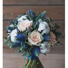 Мягкий зимний букет невесты